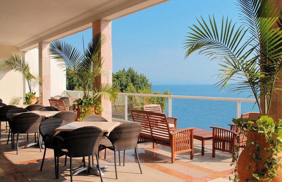 מלון קיסר פרמייר טבריה - מרפסת