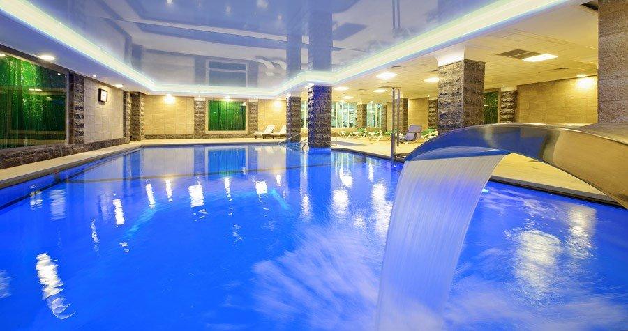מלון קיסר פרמייר טבריה - בריכה מינרל טרמית