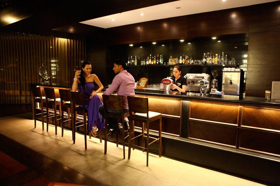 מלון קיסר טבריה - לובי בר