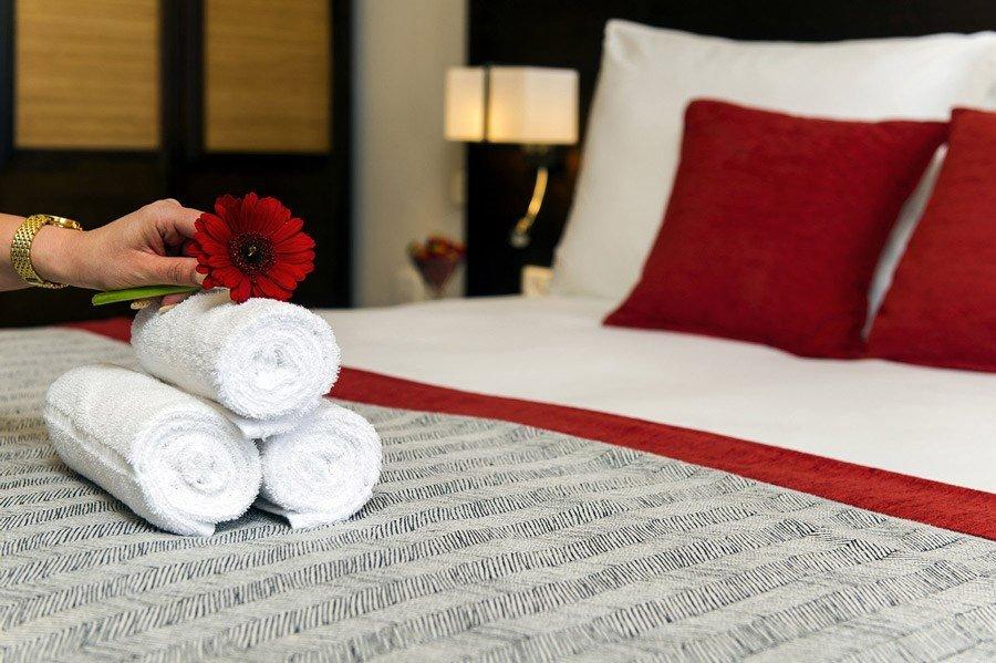 מלון קיסר אילת - מיטה זוגית